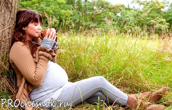 Фото - Можно ли чеснок при беременности?